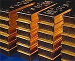 Stack of 100 Oz. Gold Bars    Stock Photo - Premium Rights-Managed, Artist: Hans Blohm, Code: 700-00004107