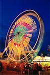Ferris Wheel    Stock Photo - Premium Rights-Managed, Artist: Roy Ooms, Code: 700-00014632