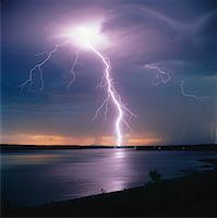 Lightning over Kenosee Lake, Moose Mountain Provincial Park, Saskatchewan, Canada    Stock Photo - Premium Rights-Managednull, Code: 700-00014947
