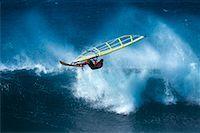 Man Windsurfing Hookipa Beach, Maui, Hawaii, USA    Stock Photo - Premium Rights-Managednull, Code: 700-00025871