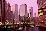 Cityscape at Dusk Chicago, Illinois, USA    Stock Photo - Premium Rights-Managed, Artist: Peter Griffith, Code: 700-00026480