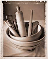 Bowls and Cooking Utensils    Stock Photo - Premium Rights-Managednull, Code: 700-00031212