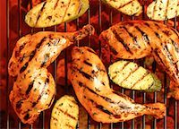 Close-Up of Chicken Legs and Zucchini on Grill    Stock Photo - Premium Rights-Managednull, Code: 700-00051432