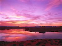 Sunrise over Wahweap Bay Glen Canyon National Park Lake Powell, Arizona, USA    Stock Photo - Premium Rights-Managednull, Code: 700-00052568