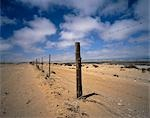 Barbed Wire Fence and Landscape, Alexander Bay, South Africa    Stock Photo - Premium Royalty-Free, Artist: Horst Klemm, Code: 600-00057162