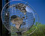 Wire Globe at Trump International Plaza, New York, New York, USA    Stock Photo - Premium Rights-Managed, Artist: Gail Mooney, Code: 700-00071031