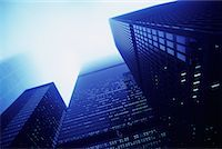 Looking Up at Office Towers and Sky, Toronto, Ontario, Canada    Stock Photo - Premium Rights-Managednull, Code: 700-00071620