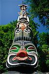 Totem Pole and Trees Stanley Park, Vancouver British Columbia, Canada    Stock Photo - Premium Rights-Managed, Artist: Gail Mooney, Code: 700-00072205