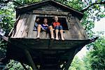 Children in Tree House    Stock Photo - Premium Rights-Managed, Artist: Gary Rhijnsburger, Code: 700-00088816