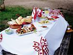Canada Day Picnic    Stock Photo - Premium Rights-Managed, Artist: Michael Alberstat, Code: 700-00094000