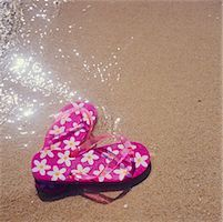 Flip Flops on the Beach    Stock Photo - Premium Rights-Managednull, Code: 700-00160709