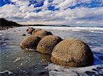 Moeraki Boulders Otago, New Zealand    Stock Photo - Premium Rights-Managed, Artist: Jeremy Woodhouse, Code: 700-00161813