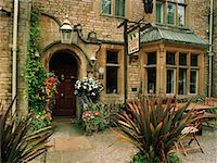 Exterior of Bed and Breakfast Cotswolds, England    Stock Photo - Premium Rights-Managednull, Code: 700-00168545