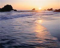 Sea stacks in Pacific Ocean, Pistol Rivers State Park, Oregon, USA    Stock Photo - Premium Royalty-Freenull, Code: 600-00170944
