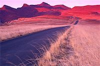 road landscape - Sunrise on the Red Mountains, Golden Gate Highlands Nat. Park, South Africa    Stock Photo - Premium Royalty-Freenull, Code: 600-00171849