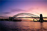 Harbour Bridge at Sunset, Sydney, Australia    Stock Photo - Premium Royalty-Freenull, Code: 600-00174189