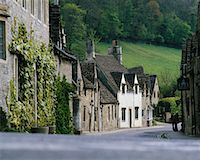 Castle Combe Village, England    Stock Photo - Premium Rights-Managednull, Code: 700-00182851