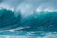 Ocean Wave Hawaii, USA    Stock Photo - Premium Rights-Managednull, Code: 700-00183213
