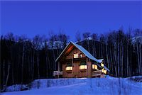 Cabin in Winter at Night    Stock Photo - Premium Rights-Managednull, Code: 700-00193940
