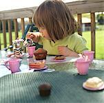 Girl Having Tea Party    Stock Photo - Premium Rights-Managed, Artist: Tom Feiler, Code: 700-00269926