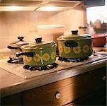 Pots on a Stove    Stock Photo - Premium Rights-Managed, Artist: Tom Feiler, Code: 700-00284711