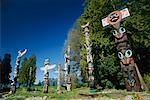 Totem Poles, Stanley Park, Vancouver, British Columbia, Canada    Stock Photo - Premium Rights-Managed, Artist: J. A. Kraulis, Code: 700-00317111
