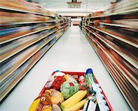Shopping Cart in Grocery Store    Stock Photo - Premium Rights-Managednull, Code: 700-00404120