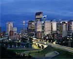 Calgary Skyline at Dusk, Calgary, Alberta, Canada    Stock Photo - Premium Rights-Managed, Artist: Larry Fisher, Code: 700-00426319