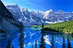 Moraine Lake, Banff National Park, Alberta, Canada    Stock Photo - Premium Rights-Managed, Artist: Roy Ooms, Code: 700-00430822