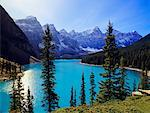 Moraine Lake, Banff National Park, Alberta, Canada    Stock Photo - Premium Rights-Managed, Artist: Roy Ooms, Code: 700-00430823
