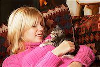 Girl Holding Kitten    Stock Photo - Premium Rights-Managednull, Code: 700-00519386