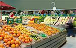 Grocery Store    Stock Photo - Premium Rights-Managed, Artist: Roy Ooms, Code: 700-00520361