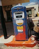 rural gas station - Old Gas Pump    Stock Photo - Premium Rights-Managednull, Code: 700-00546711