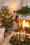 Christmas Centrepiece in Living Room    Stock Photo - Premium Rights-Managed, Artist: Jerzyworks, Code: 700-00547217