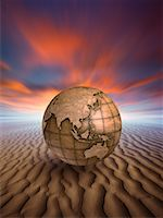 Weathered Earth on Sand Dune    Stock Photo - Premium Rights-Managednull, Code: 700-00551551