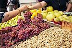Woman Buying Grapes at Market, New York City, New York, USA    Stock Photo - Premium Rights-Managed, Artist: Janet Bailey, Code: 700-00592949