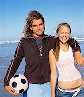 Portrait of Couple on Beach    Stock Photo - Premium Rights-Managednull, Code: 700-00623328