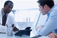 Patient with Doctor    Stock Photo - Premium Rights-Managednull, Code: 700-00661002