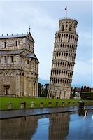 Campo dei Miracoli With Leaning Tower, Italy    Stock Photo - Premium Rights-Managednull, Code: 700-00688270