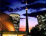 CN Tower in Toronto, Canada Stock Photo - Premium Royalty-Free, Artist: Daisy Gilardini, Code: 621-00739876