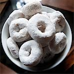 Powdered Donuts    Stock Photo - Premium Rights-Managed, Artist: Andrew Kolb, Code: 700-00768782