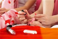 preteen girl feet - Girl's Painting Toe Nails    Stock Photo - Premium Royalty-Freenull, Code: 600-00866082