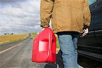 stalled car - Man Carrying Gas Can    Stock Photo - Premium Royalty-Freenull, Code: 600-00866957