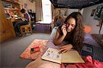 College Students in Dorm Room    Stock Photo - Premium Rights-Managed, Artist: Gail Mooney, Code: 700-00910445