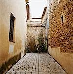 Alley, Puyloubier, Aix-en-Provence, France    Stock Photo - Premium Rights-Managed, Artist: Derek Shapton, Code: 700-00918488