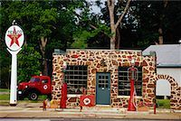rural gas station - Gas Station    Stock Photo - Premium Rights-Managednull, Code: 700-00934609