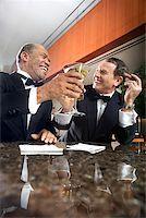 Friends at Upscale Bar/ Stock Photo - Premium Royalty-Freenull, Code: 604-00942303