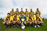 Portrait of Soccer Team    Stock Photo - Premium Royalty-Free, Artist: Masterfile, Code: 600-00984007