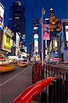 Times Square, New York City, New York, USA    Stock Photo - Premium Rights-Managed, Artist: Michael Mahovlich, Code: 700-01014568