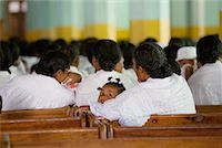 People Worshipping in Church, Soatanana, Madagascar    Stock Photo - Premium Rights-Managednull, Code: 700-01112720